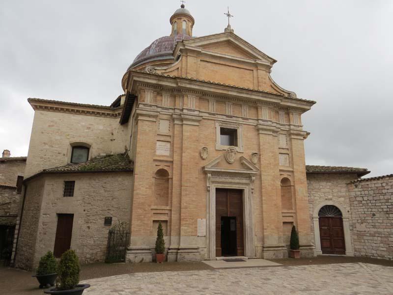 Andamios interiores rehabilitación iglesias