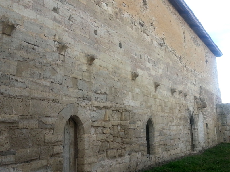 Estratigrafía muraria en rehabilitación. De la arqueología a la arquitectura