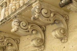 Ménsulas barrocas en Lecce, la Florencia del Sur