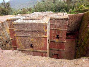 Iglesias talladas en la roca de lalibela, etiopía. Biete Giorgis